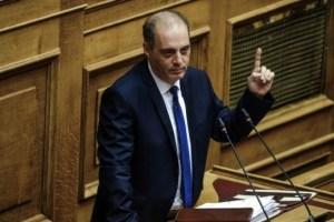 Βελόπουλος: Η κ. Μενδώνη πρέπει να παραιτηθεί