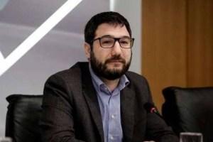 Ηλιόπουλος:  Όχι έξυπνα, αλλά αστεία και εξοργιστικά τα νέα μέτρα για την πανδημία