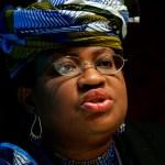 Η Νγκόζι Οκόντζο-Αουέιλα ανέβαλε τα ηνία του Παγκόσμιου Οργανισμού Εμπορίου