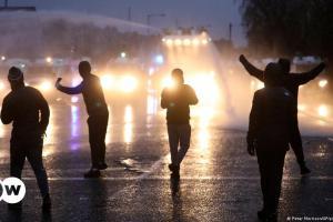 Έξαρση της βίας στη Βόρεια Ιρλανδία | DW | 09.04.2021