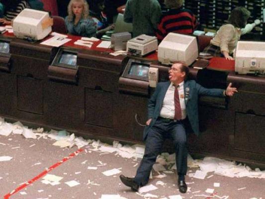 """""""Ματώνουν"""" οι μετοχές, μεγάλες απώλειες στο ΧΑ- Τράπεζες -5,7%"""