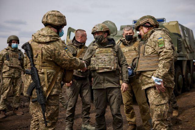 Ουκρανία : Πολεμικό το κλίμα με τη Ρωσία – Απειλές και φοβέρες από τη Μόσχα