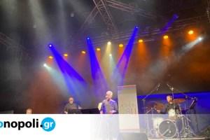 Συναυλία στο Ραδιόφωνο: Μελοποιημένη ποίηση στον Αθήνα 9.84 με τον Χρήστο Θηβαίο