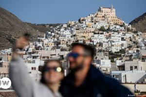 Τουρισμός: Ελλάδα και Ισπανία προτιμούν οι Ιταλοί | DW | 05.05.2021