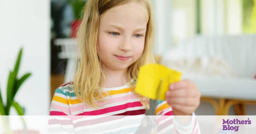 Χειροτεχνίες για παιδιά: Φτιάξτε ένα μπουκέτο με λουλούδια από χαρτί (vid)