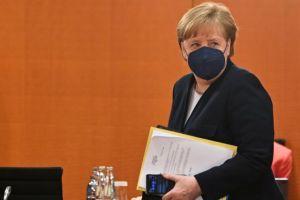Τηλεδιάσκεψη με την Μέρκελ – Κουρτς εν όψει της Συνόδου Κορυφής της Ε.Ε.