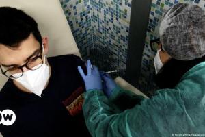 Ιταλία: Προς υποχρεωτικό εμβολιασμό των εκπαιδευτικών | DW | 26.07.2021