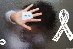 Παραμελημένα τα κακοποιημένα παιδιά | DW | 09.09.2021