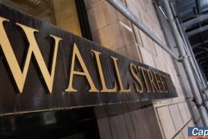 Τέλος στο τετραήμερο ανοδικό σερί του Dow με βουτιά 570 μονάδων, στο -2,8% ο Nasdaq