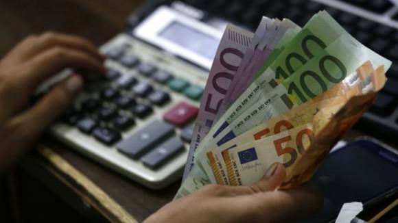 ΥΠΑΑΤ: 12 εκατ. ευρώ σε 83 δικαιούχους για το μέτρο της απόσταξης κρίσης