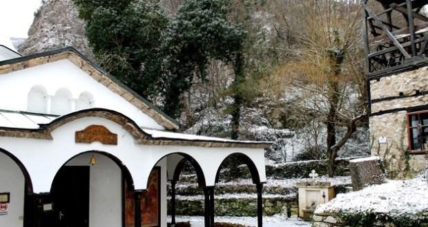 Български манастир спасява от тежки болести