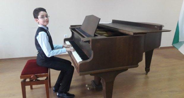 12-годишен пианист донесе на България златен медал