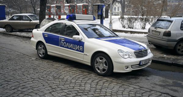 Бой с тръби стрелба и обир над жена в София