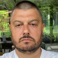 Бареков изплака мъката си в мрежата: Пия два антибиотика, за да прескоча трапа