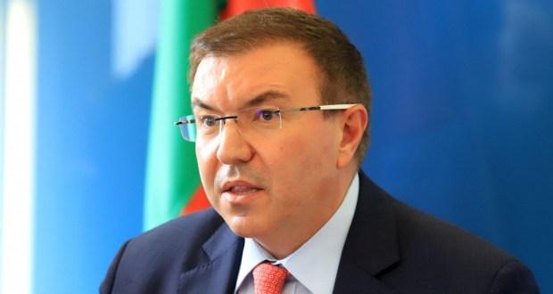 Въпрос към министър Нежен Ботокс: Ако искаме да се ваксинираме