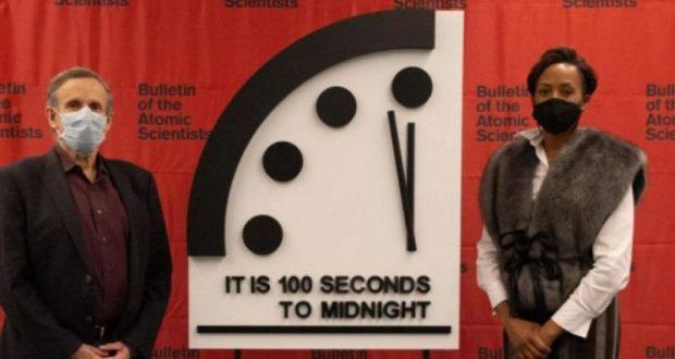 Часовникът на Страшния съд показва 100 секунди до Апокалипсиса