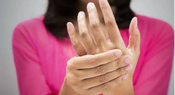 Ръцете ви могат да разкрият тези 8 здравословни проблема! Не пренебрегвайте тази информация!