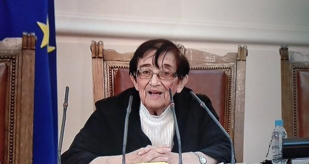 Мика Зайкова към депутатите от ГЕРБ: Защо се възмущавате? Нека си говорим истини. България е най-бедната страна
