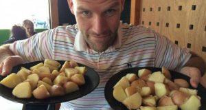 Експеримент: Цяла година мъж яде само картофи и резултатът е невероятен (СНИМКИ)
