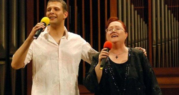 Синът на Ваня Костова е неутешим: Нима ще ме оставиш мамо?