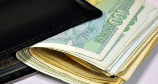 НАГОРЕ: Минималната заплата може да скочи до нечувани размери