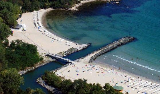 Пловдивчанин разби мита за плажа в Гърция с отлични впечатления от цени и обслужване в Приморско /СНИМКИ/