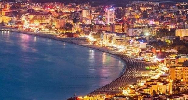 Собственик на ол инклузив хотел в Слънчев бряг: Дерат кожи с ниски цени не знам дали ще оцелея!