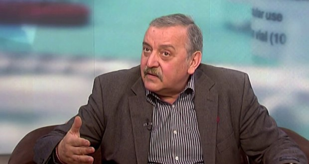 Проф. Кантарджиев: Хора моля ви се този път няма да минем тънко... Ще има по 3000 случая на ден