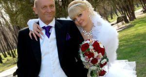 Разделих се със съпруга си за да се омъжа за баща му – изповед на една съвременна жена!