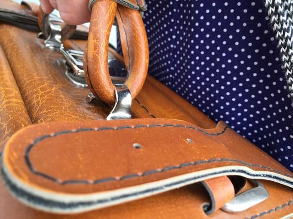 resväska vintage skinn
