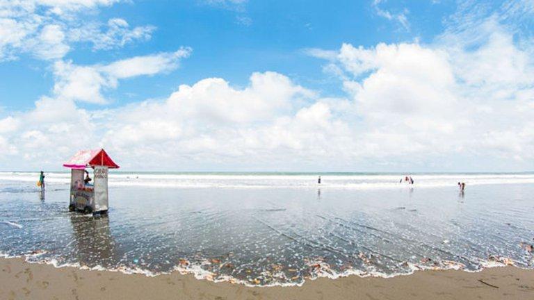 Playa Ladrilleros, Buenaventura. Foto: Jimmy Suárez Campo/Wikimedia Commons.