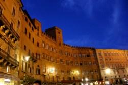 siena_piazza_il-campo3.jpg