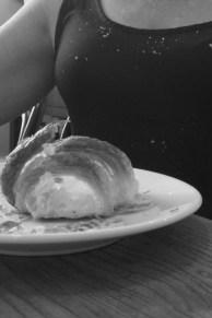 croissant_crumbs_paris_3.jpg