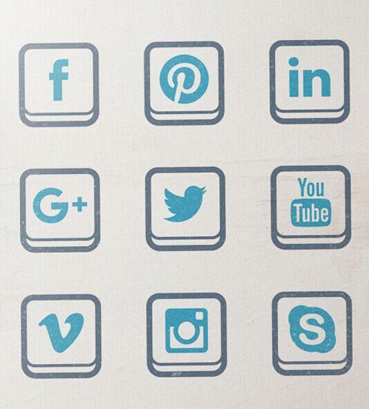 Social Media Icons (free vector set)