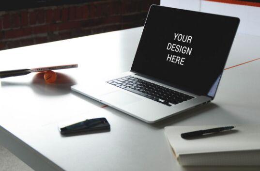 macbook-air-on-table-mockup