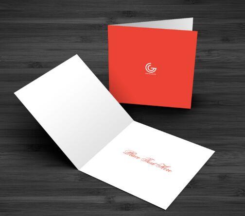 free-greetings-card-mockup