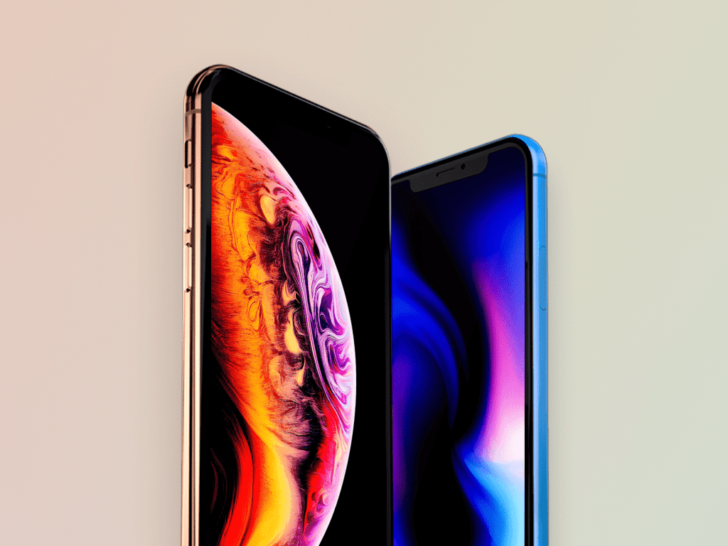 Free iPhone XS & XR mockup-min