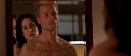 Still from Memento (2000)