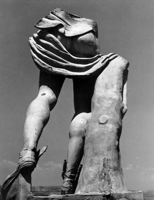 afroui:</p><br /><br /><br /><br /><br /><br /><br /><br /><br /><br /><br /><br /> <p>Herbert List<br /><br /><br /><br /><br /><br /><br /><br /><br /><br /><br /><br /><br /> Remnant of statue of Hermes<br /><br /><br /><br /><br /><br /><br /><br /><br /><br /><br /><br /><br /> Euboea Greece 1937<br /><br /><br /><br /><br /><br /><br /><br /><br /><br /><br /><br /><br />