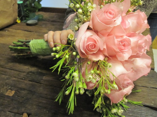 Ramshackle Glam (Tumblr), DIY BRIDAL BOUQUET By REBECCA
