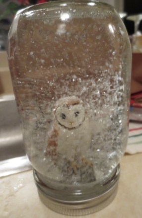Snowy owl! Well, glittery owl, but close enough.