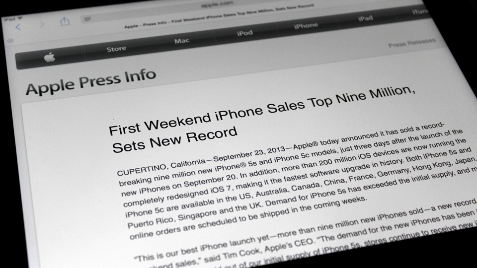 Apple sells 9 million iPhone 5s and iPhone 5c