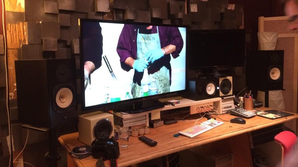 Slingbox on Mac Pro and 42-inch TV