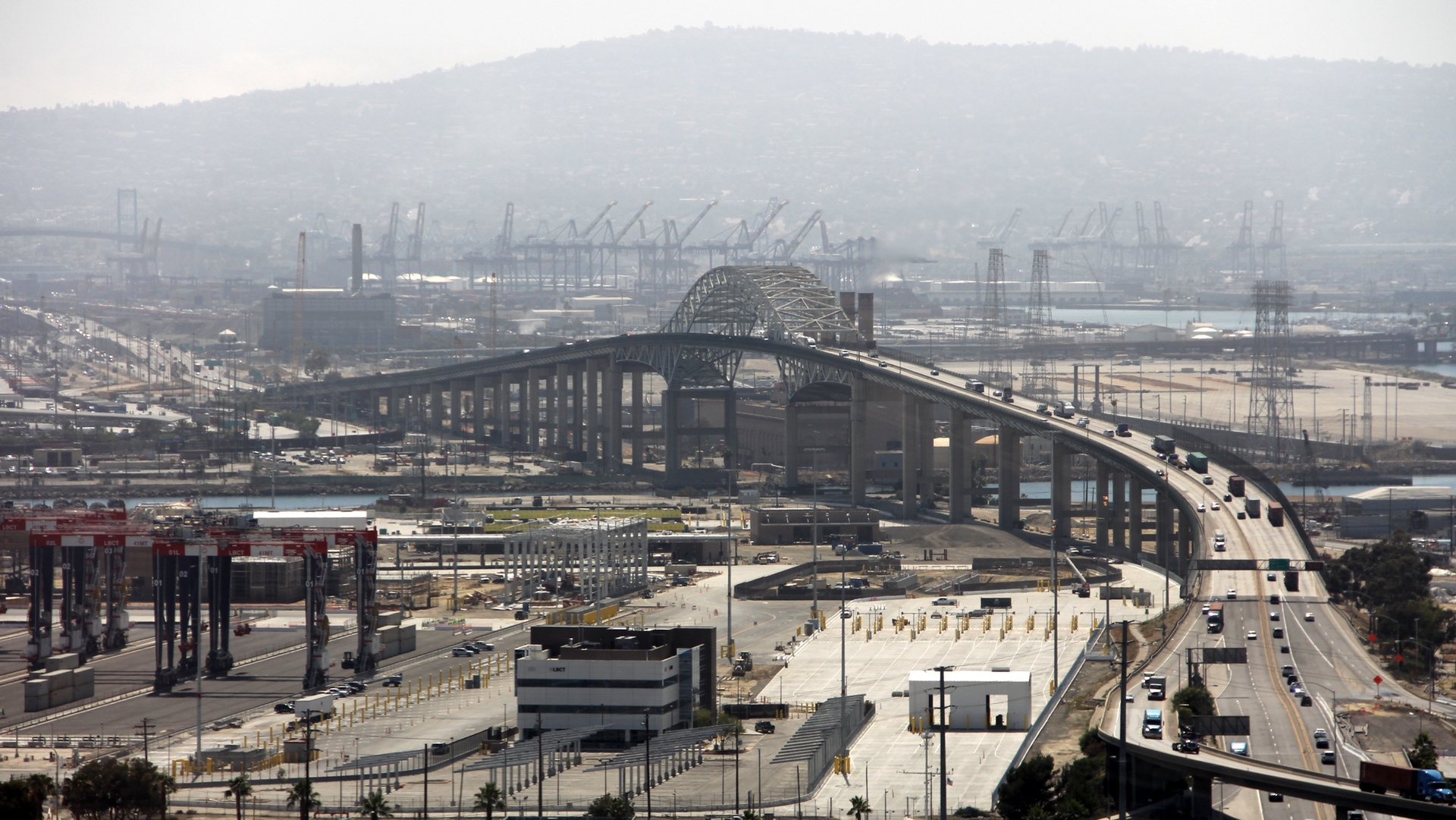 Gerald Desmond Bridge in Long Beach California