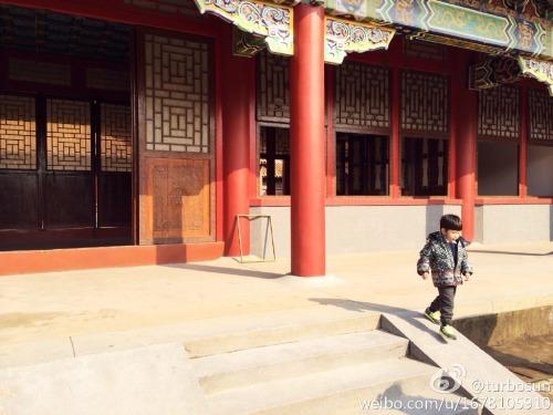 Sun Li's son at Hengdian World Studios drama set