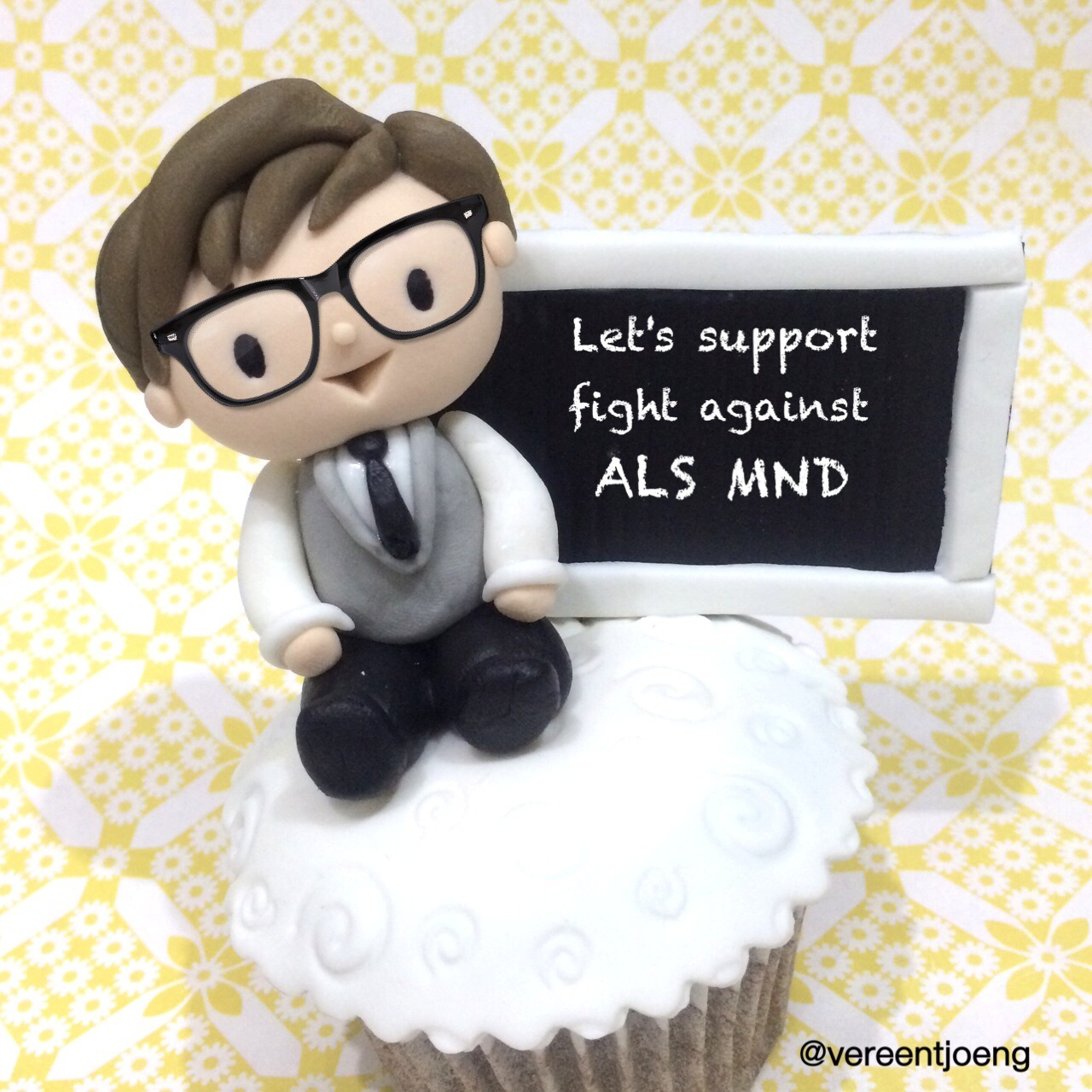 sodelightfully:</p> <p>Let's celebrate Benedict's Birthday by support the fight against ALS MND, donate here http://web.alsa.org/site/TR?px=4109564&amp;fr_id=10054&amp;pg=personal#.U6Sq3XG9Kc0 :D</p> <p>awww :)
