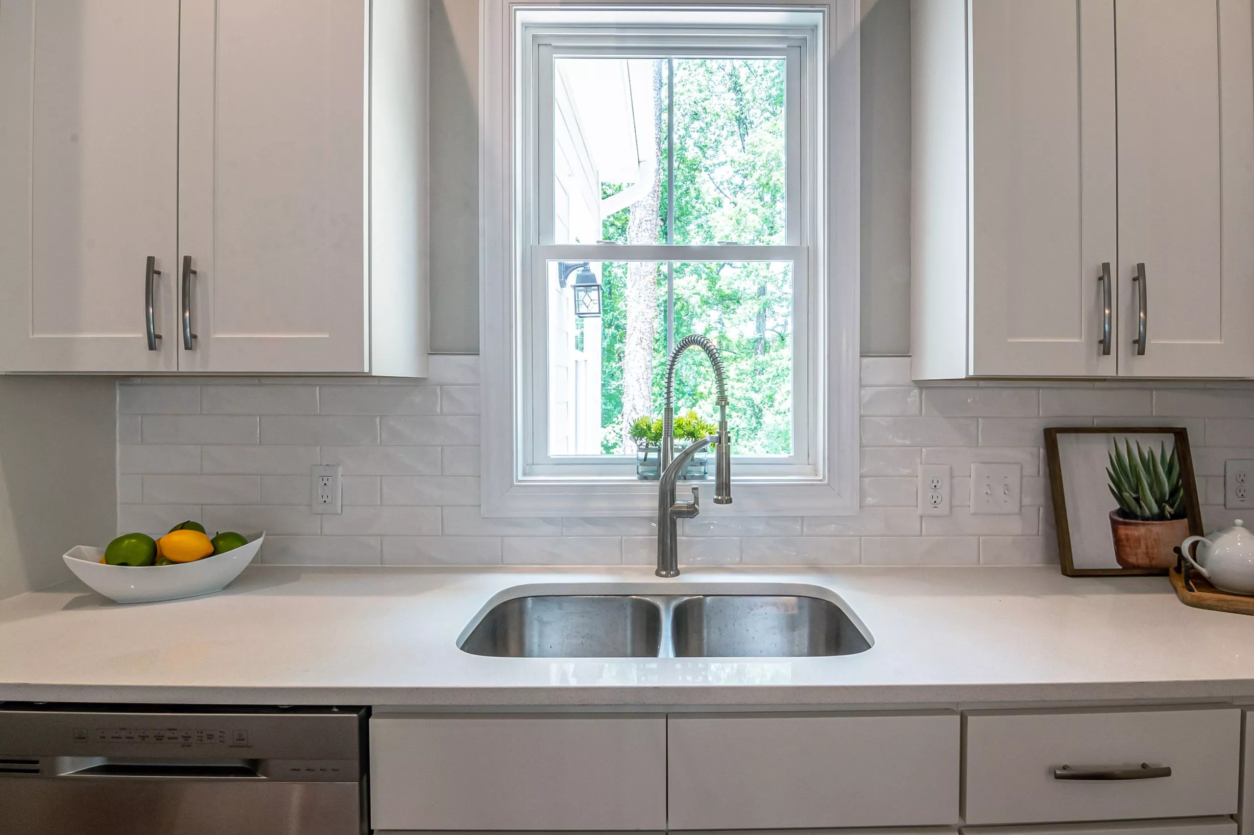 best windows for over the kitchen sink