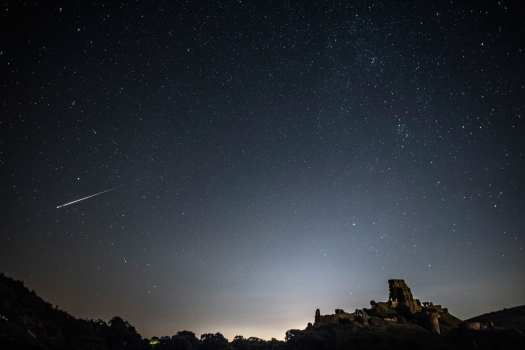 meteor shower photo