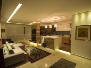 شقة مميزة للبيع في الجاردنز