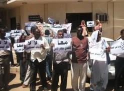 واقع الصحافة السودانية في العام الماضي كان الاسوأ والصحفيون يطالبون بتعديل القوانين ووقف المحاكم الخاصة